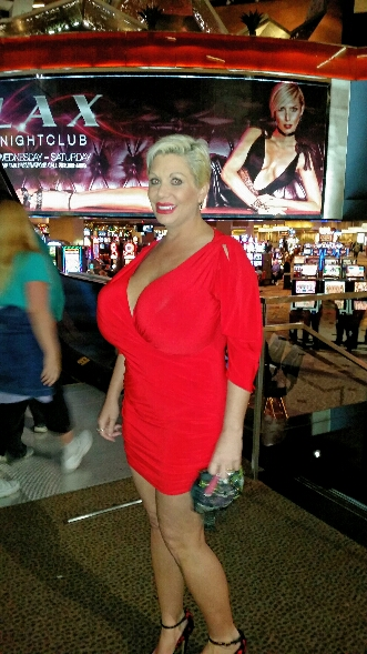 Big tits at Luxor Casino