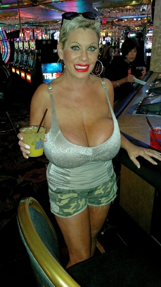 Big Tits In Vegas