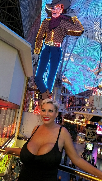 Big Vegas tits