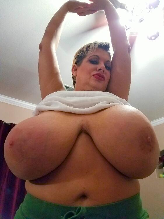 Claudia Marie low hanging udders