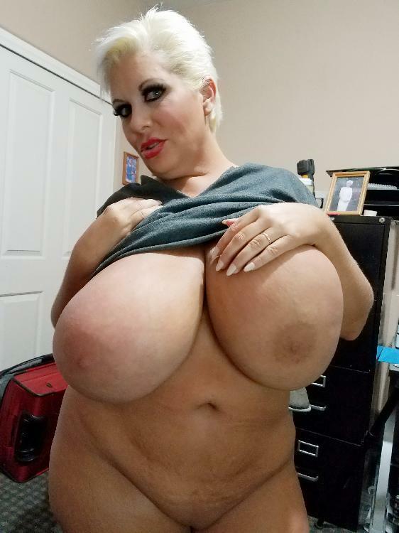 Claudia Marie Soft Body Huge Tits  The Claudia Marie Blog-4788
